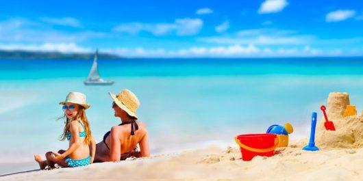 40663022c905f Esses raios são uma das causas do envelhecimento. Os raios ultravioletas são  os que mais prejudicam a nossa pele e são divididos em raios UVA e UVB.