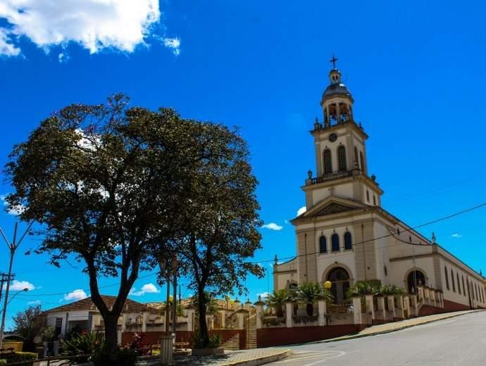 igreja em cruzília