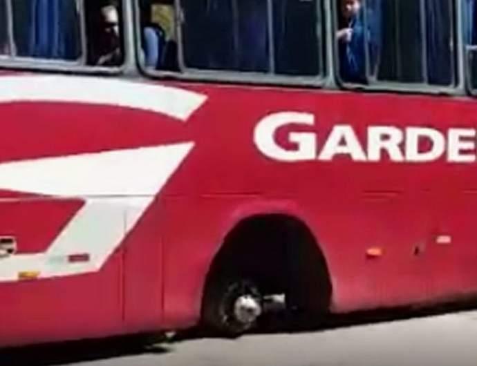 Ônibus quebrado