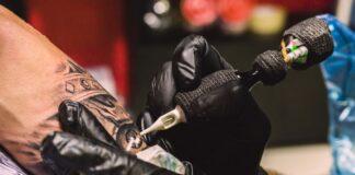 Estúdio de Tatuagens