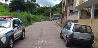 PM recupera carro roubado em varginha