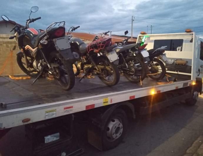 Operação apreende motos em Varginha